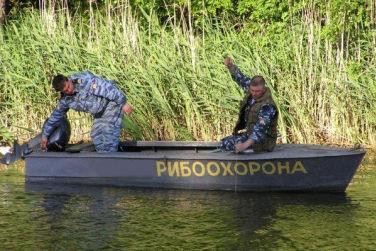 Прикарпатців кличуть на роботу в рибпатруль