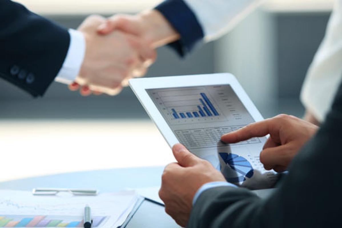 На ринку послуг Прикарпаття працює 1,7 тис. підприємств