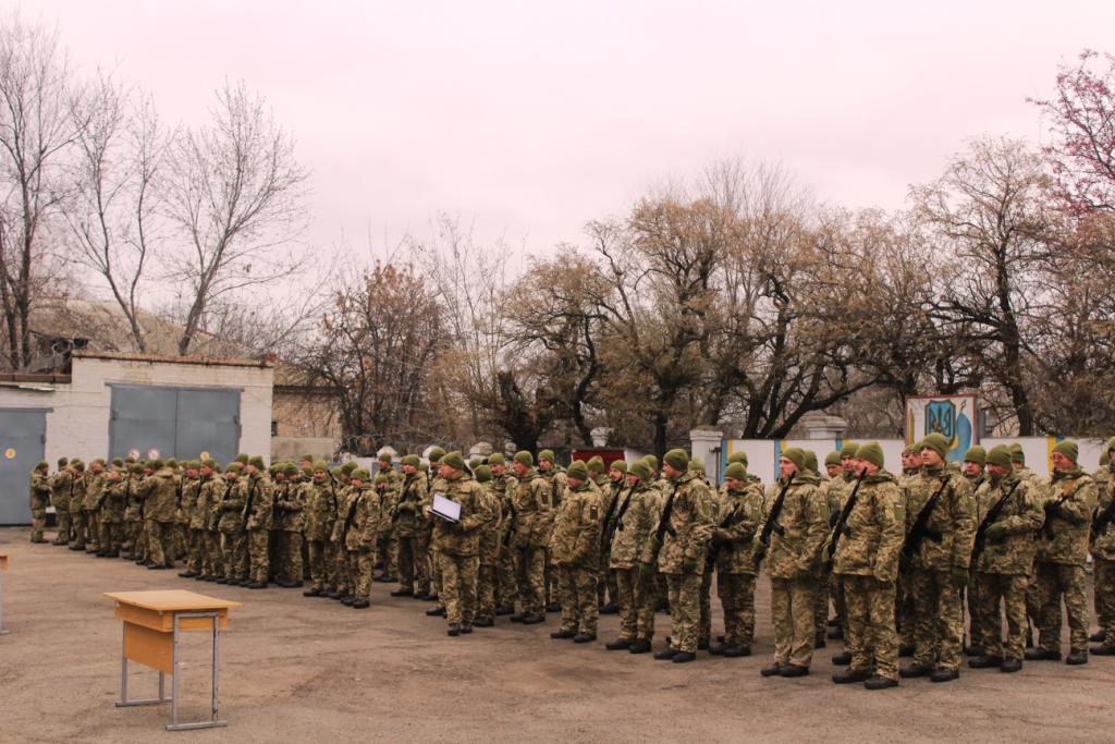 У Пологах військовослужбовці присягнули на вірність українському народу